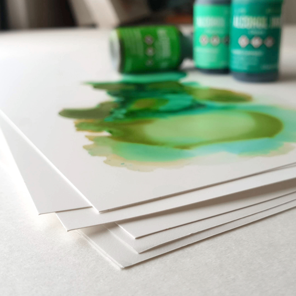 Syntetisk papir